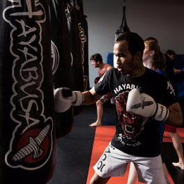 {Advaned Striking for Muay-Thai, Kickboxing, Boxing & MMA}